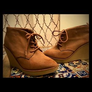 Old navy size 8 booties